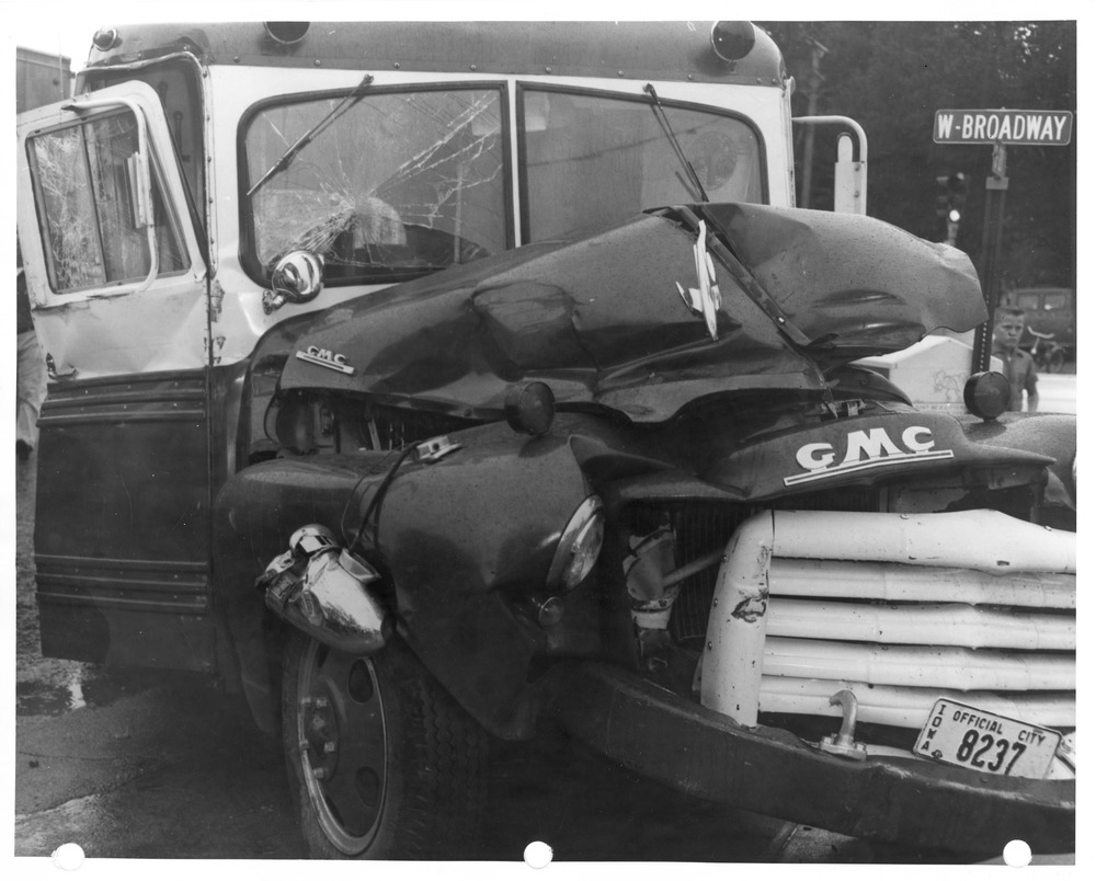 Fire Department 1951 GMC Ambulance, accident 1962.tif