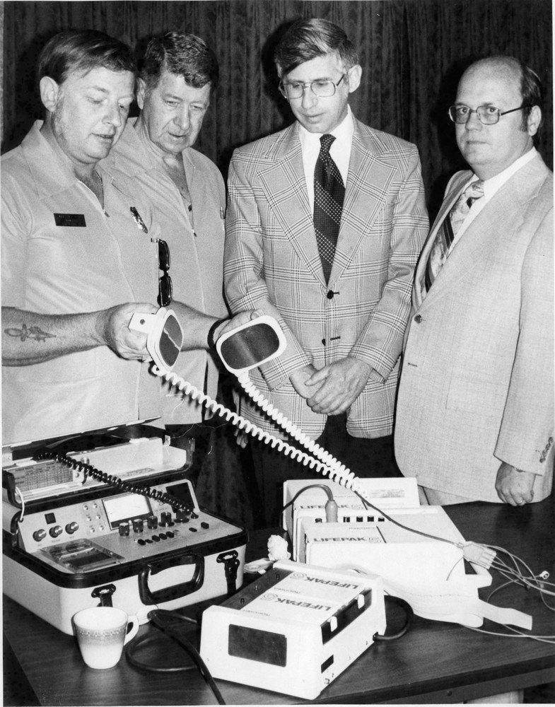 Ambulance_Service_CB_&_Pott._Co_04_20_1977_01.jpg