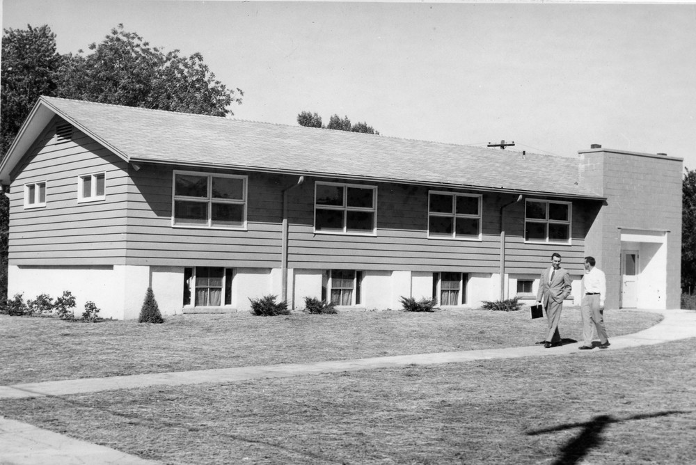 Walnut_Grove_Baptist_Church_9_9_1956_02.jpg