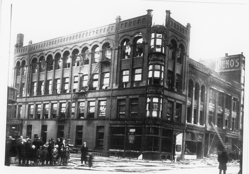 Fire Department Wickham Bldg Fire 1917.tif