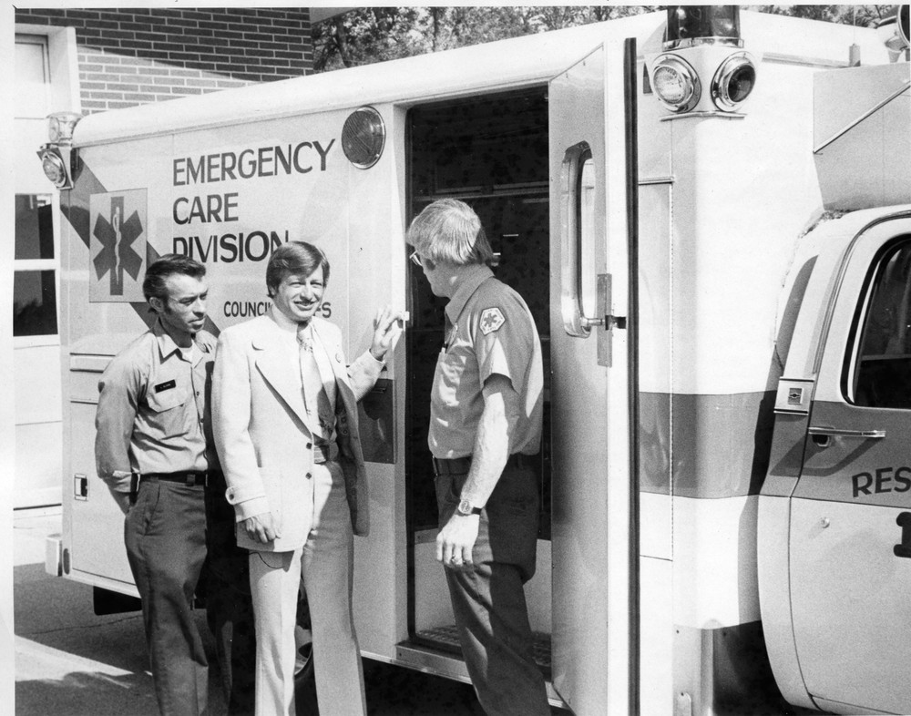 Ambulance_Service_CB_&_Pott._Co_05_10_1976_01.jpg