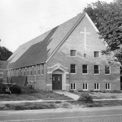First_Presbyterian_Church_09_11_1955_01.jpg