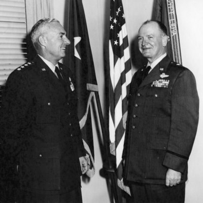 Everest_Gen_Frank_F_&_Edith_11_1959_01.jpg