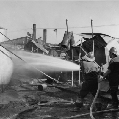 08-09-1962 Fire at a soilworks.tif