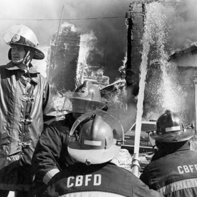 Bluffs_Elevator_Fire_4_21_1982_04.jpg