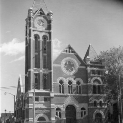 Broadway_United_Methodist_ Church_001.jpg