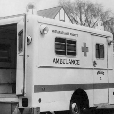 Ambulance_Service_CB_&_Pott._Co_04_26_1975_01.jpg