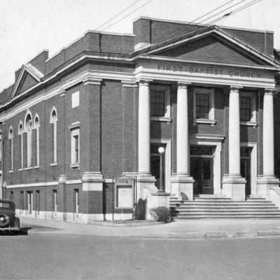 First_Baptist_Church_001.jpg