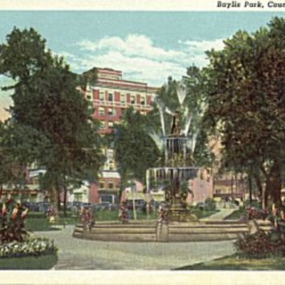 bayliss-park-fountain---council-bluffs-ia_4723904727_o.jpg