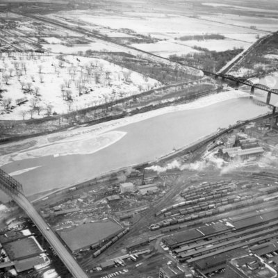 Bridge_I80_Over_Missouri_River_2_10_1956_002.jpg