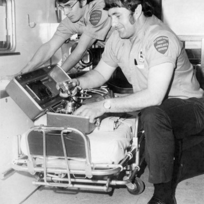 Ambulance_Service_CB_&_Pott._Co_04_26_1975_02.jpg