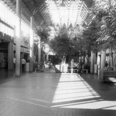 Centre_Point_Mall_001.jpg
