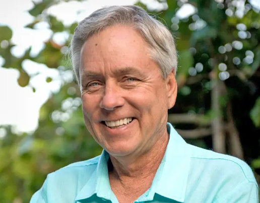 An Evening with Carl Hiaasen: The Council Bluffs Public Library Speaker Series